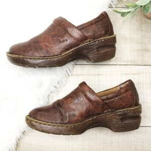 b.o.c. Peggy Clogs, Brown & Coffee Tooled Size 7.5